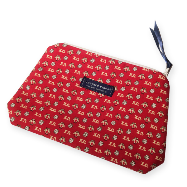 Vineyard Vines Chi Omega Makeup Bag